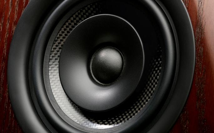 M-Audio_M3-8_Detail1